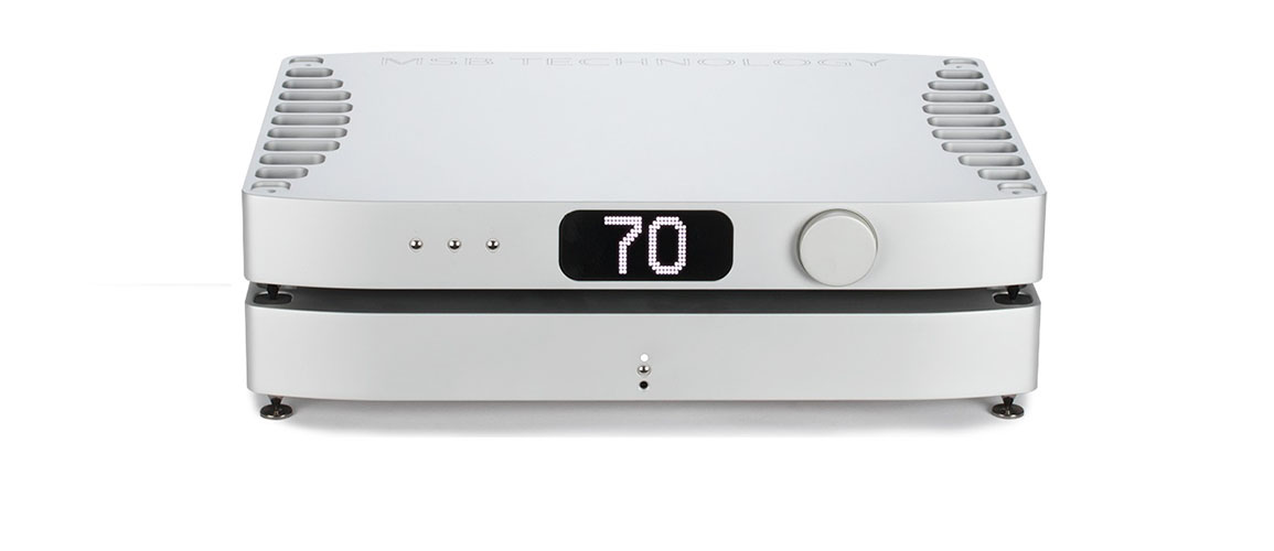 1White Premier DAC Front with Powerbase 900px